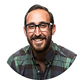 headshot of Steve Selzer, Experience Design Manager Airbnb